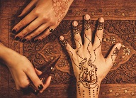 Henna Hand Application